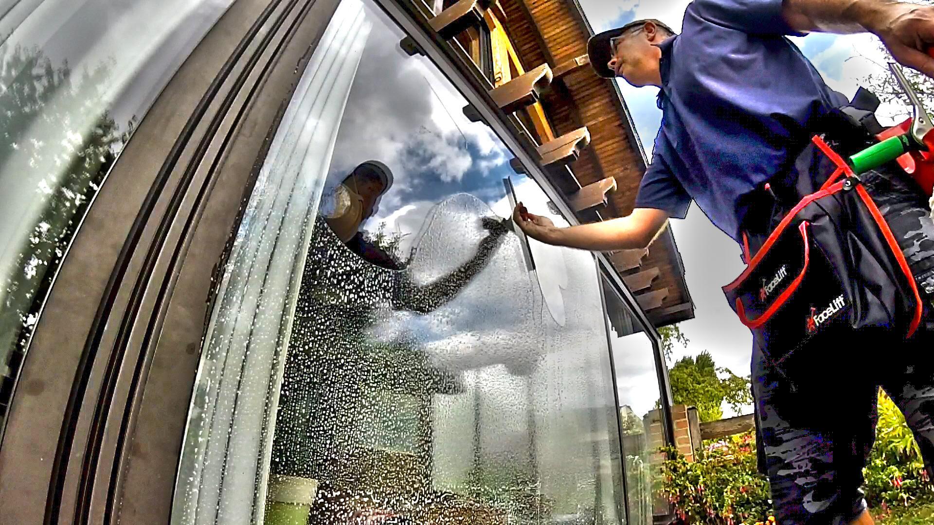 Nettoyage et lavage de vitres Compiègne Noyon Thourotte